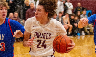 PIrates repel Invaders, 51-47