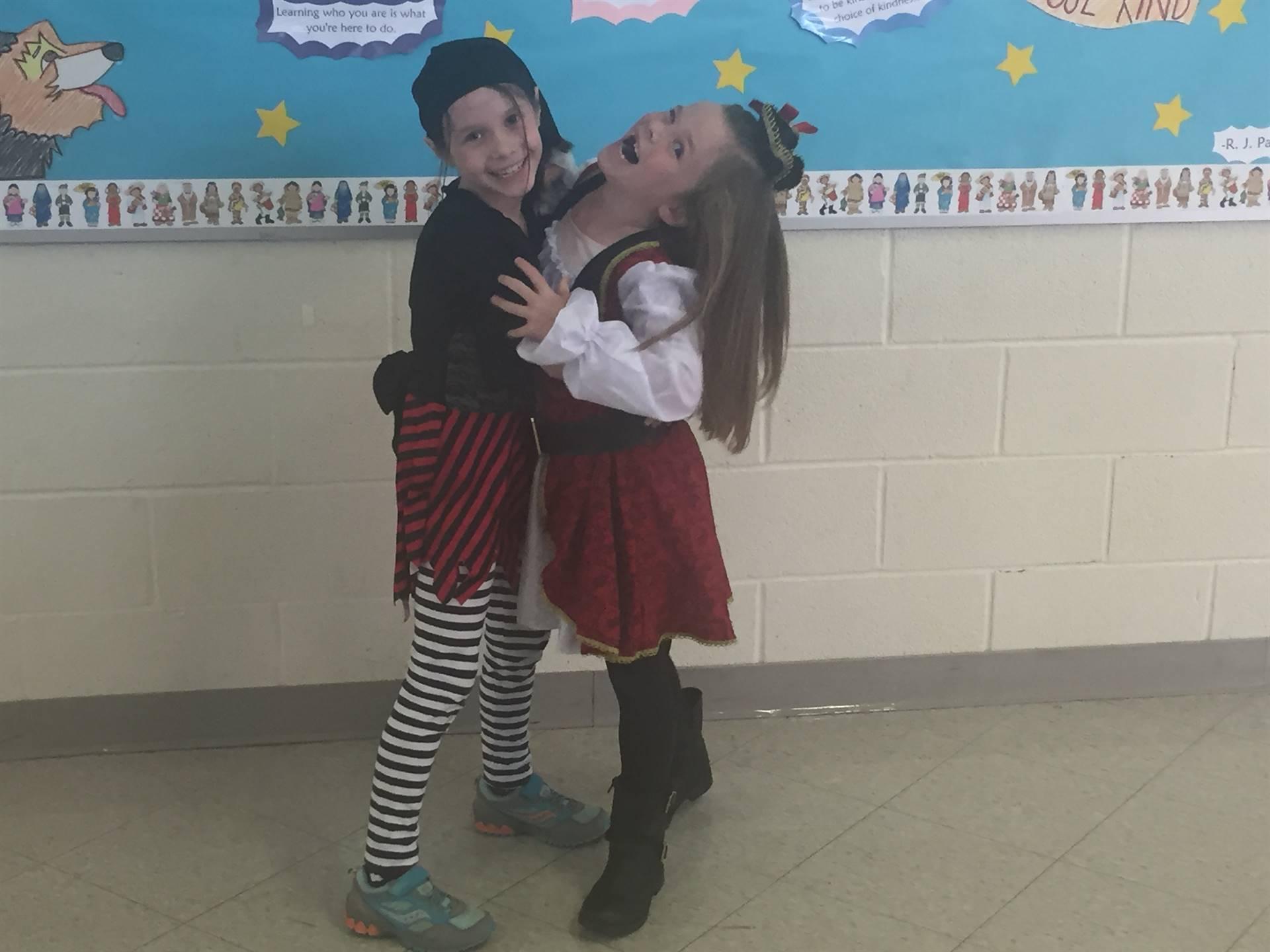 Halloween fun pirate costumes