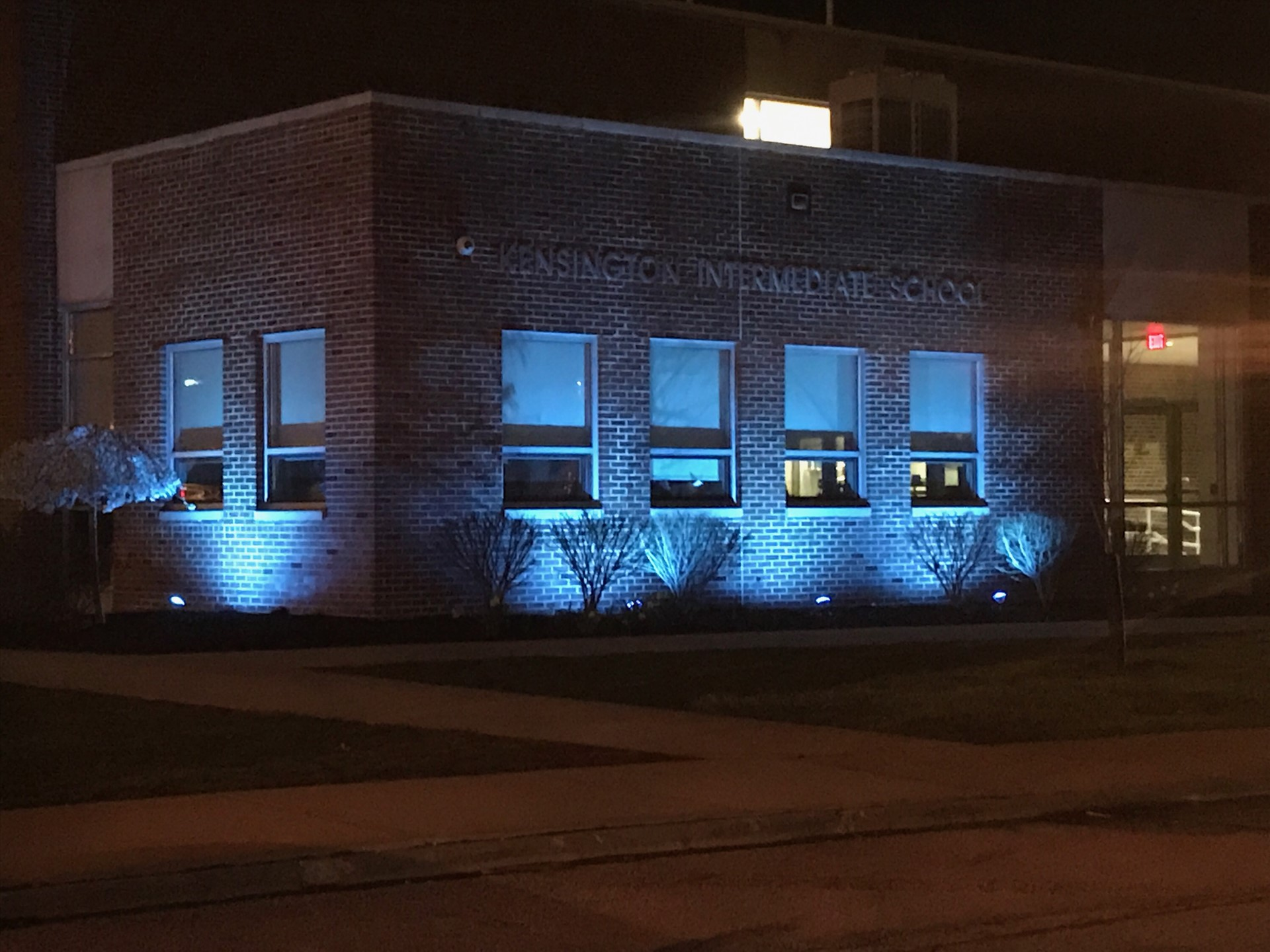 Kensington Lights it Up Blue for Autism Awareness